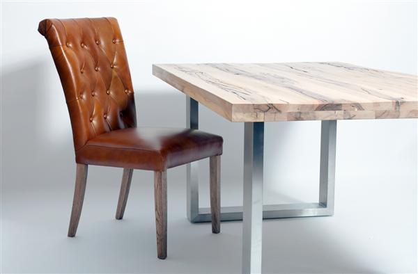 Castello tömör tölgyfa asztal nemesacél lábbal